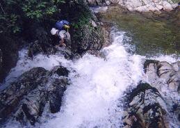 小滝の連続に歓喜する