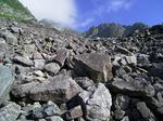 東稜取り付きのモレーン地形
